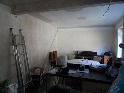 plastering the chimney gap